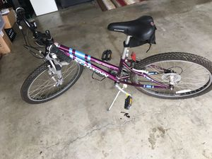 Schwinn High Plains Girl's Mountain Bike for Sale in Tigard, OR