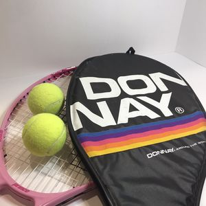 2 tennis rackets and 2 tennis balls used for 30.00 for Sale in Pembroke Pines, FL
