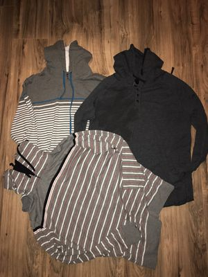 MENS LARGE THIN HOODIE SHIRTS for Sale in Huntington Beach, CA