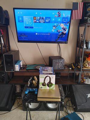 Playstation 4 mega stupid bundle for Sale in Colton, CA