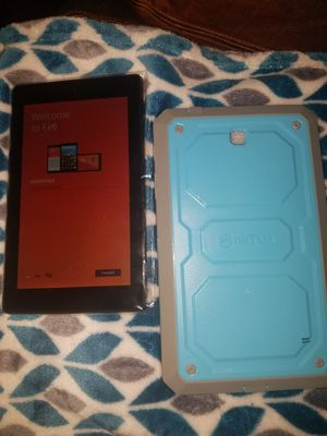 AMAZON FIRE TABLET L-2338 WITH PROTECTIVE CASE BOTH BRAND NEW TABLET NEVER BEEN SET BIYER CAN SET UP. for Sale in Irving, TX
