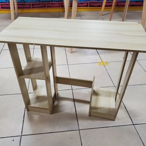 Kids Compact Desk for Sale in Bell, CA