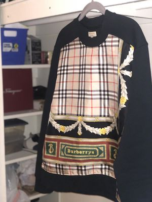 Burberry sweater for Sale in Scottsdale, AZ