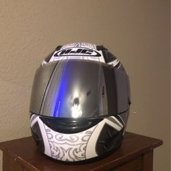 Motorcycle helmet for Sale in Dickinson,  TX