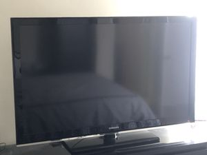 """Samsung 52"""" 1080p LCD HDTV - $200 (Dupont) for Sale in Washington, DC"""