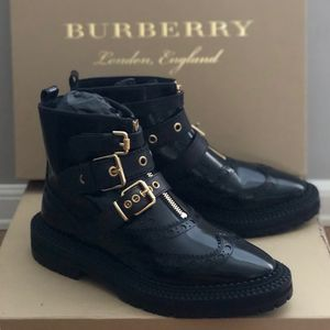 Burberry Black English Icons Everson Brogue Ankle Boot for Sale in Orlando, FL