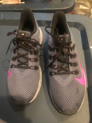 Women Nike Running Shoes Size 7.5 for Sale in New Orleans, LA