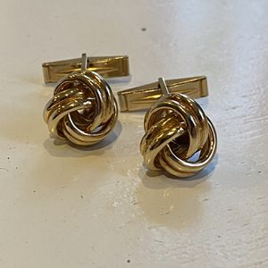 Stunning 14kt Knot Cufflinks for Sale in Los Angeles, CA