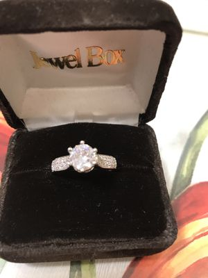 Sterling Silver White Sapphire Engagement Gorgeous modern Ring Size 9 for Sale in Addison, IL