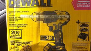 DeWalt brushless compact drill/driver kit for Sale in Davenport, IA