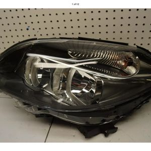 2015 2016 MERCEDES BENZ B CLASS LEFT HALOGEN HEADLIGHT OEM for Sale in Compton, CA