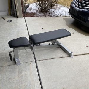 Commercial Grade Adjustable Weight Bench ( No weights or dumbbells Included ) for Sale in Ypsilanti, MI