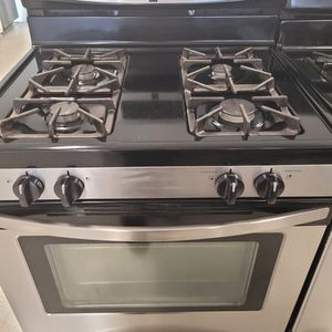 Kenmore Gas Stove Used In Good Condition With 90day's Warranty for Sale in Mount Rainier, MD