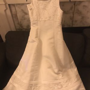 Wedding Dress For Girl Bridesmaid for Sale in Los Angeles, CA
