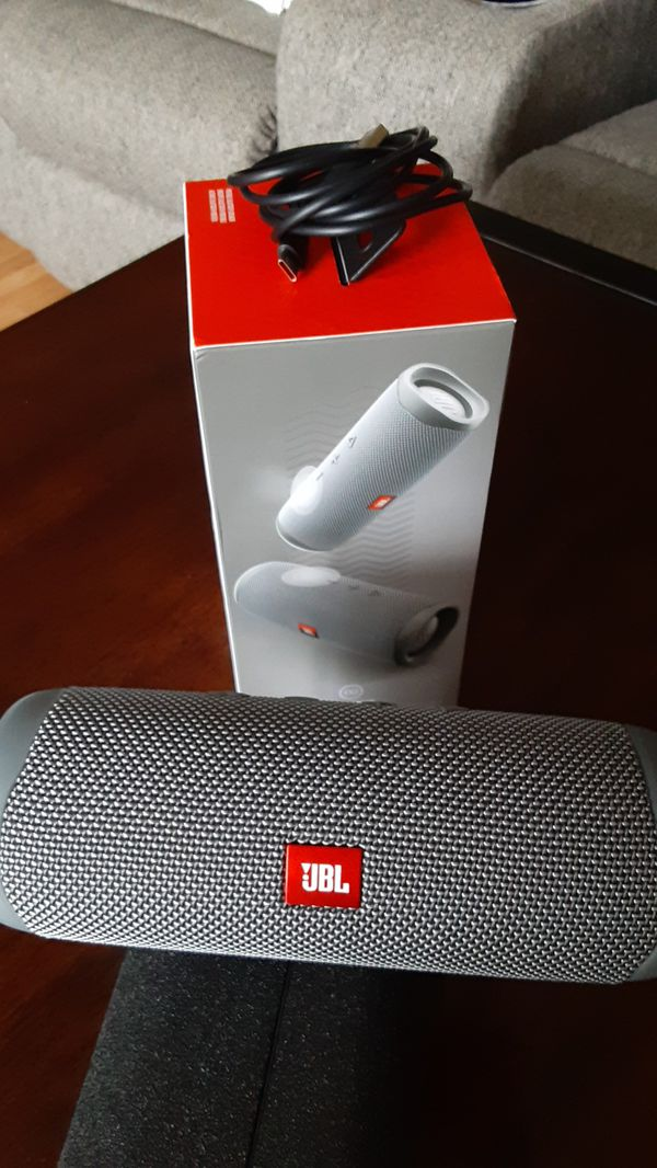 JBL speakers flip 5 harman