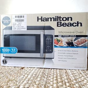 Hamilton Beach Stainless Steel 1000 Watts Microwave for Sale in Gaithersburg, MD
