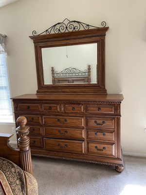 Beautiful Bedroom Set for Sale in Vancouver, WA