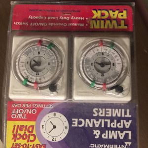 Lamp and appliance timer —two pack for Sale in Taunton, MA