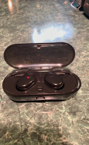 Bluetooth Waterproof Bluetooth Earbuds With Mic & Charging Box for Sale in Columbus, OH