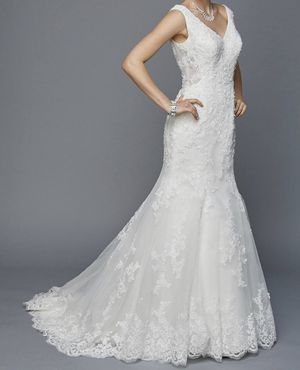 Brand new Wedding Dress for Sale in Paramount, CA