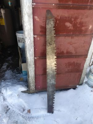 Cross cut saw blade with handle for Sale in Arcadia, MI
