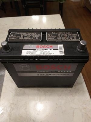 Group 51r bosch battery fairly new 575ca for Sale in Windsor, CT