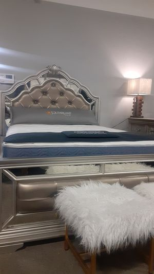 Queen Bed Frame!! (Whole Set is Available) for Sale in Nashville, TN