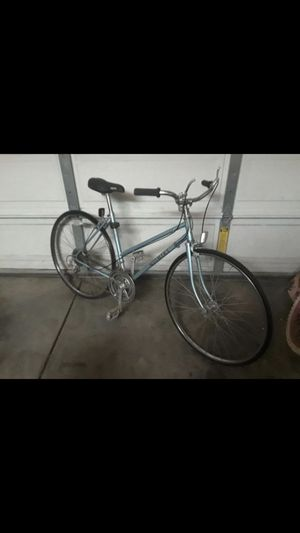 Very light bike in good condition skinny tires for only $65 for Sale in Chula Vista, CA
