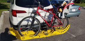 Tufts rack heavy duty bike hitch with giant mountain bike for Sale in Orlando, FL