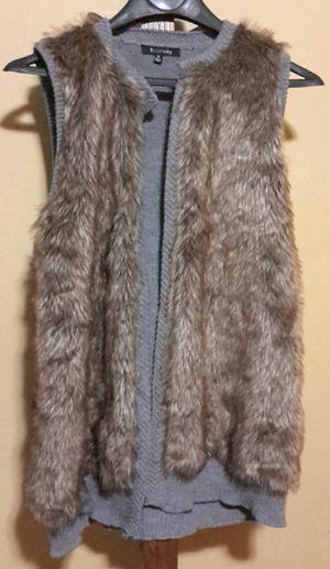 Women's Relativity Vest size XL for Sale in Hammond, IN