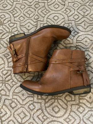 Girls boots for Sale in Oxnard, CA