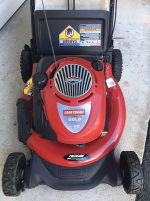 Craftsman Gold 6.75hp 190cc mower with bag for Sale in Fairfax, VA