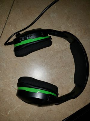 Turtle Beach Stealth 600 Wireless Headset for XBOX One for Sale in Highlands, TX