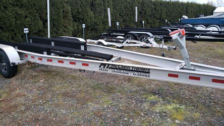 2020 McClain Double Axle Boat Trailer ATT-2410 for Sale in Redmond,  WA