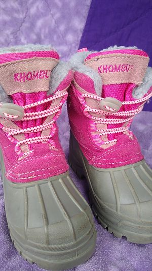 Khombu Kids winter boots /snow boots sz 7 for Sale in Olympia, WA