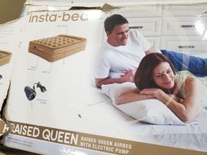 Queen air mattress, with electric pump. Used only once. for Sale in Newark, CA