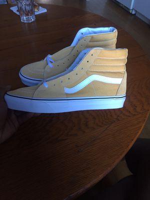 Vans Sk8-Hi Shoe - Preschool Ochre/True White . Size 9.0 Men/10.5 women for Sale in Martinsburg, WV