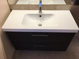 Bathroom vanity set with wall cabinet - $300 OBO for Sale in HALNDLE BCH, FL