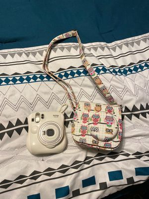 Insta camera and case for Sale in Thomasville, NC