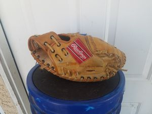 Rawlings RCM45 YOUTH CATCHER GLOVE 31IN for Sale in Hesperia, CA