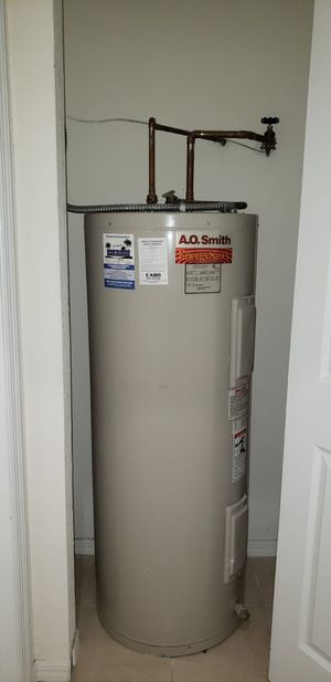 Water Tank Heater Perfect Conditions for Sale in Sunrise, FL