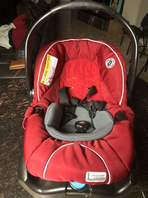 Infant car seat for Sale in West Sacramento, CA