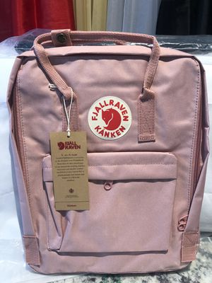 Fajllraven- KanKen medium backpack $40 Great Christmas Gift 🎁 🎄 for Sale in MONTGOMRY VLG, MD