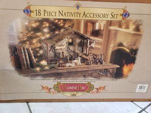 Noel Grandeur 1999 nativity set. 18 pieces. for Sale in Gilbert, AZ