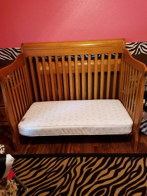 Convertible crib, mattress, changing table mattress, bobby pillow for Sale in Fort Worth, TX