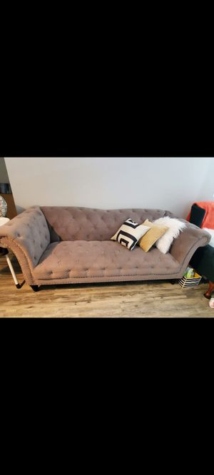 Chesterfield Sofa for Sale in Hanover, MD