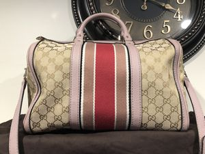 Gucci Boston bag satchel beautiful condition for Sale in Derry, NH
