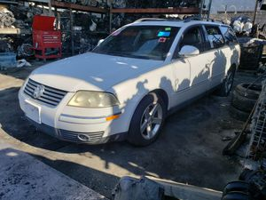 2004 VW PASSAT PARTING OUT for Sale in Fontana, CA