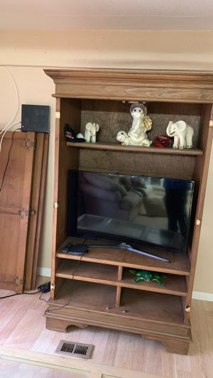 Tv stand with shelves for Sale in Fort Lauderdale, FL