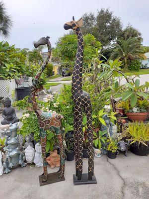 Large carved wooden giraffe for Sale in Dunedin, FL